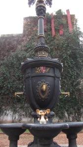 Fuente de Canaletes en Plaza Catalunya