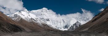 800px-20110810_North_Face_of_Everest_Tibet_China_Panoramic